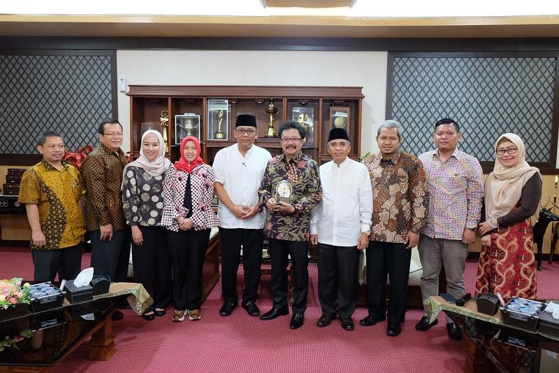 Audiensi Perwakilan ADEKSI (Asosiasi Dewan Kota Seluruh Indonesia) ke Pemerintah Kota Mataram