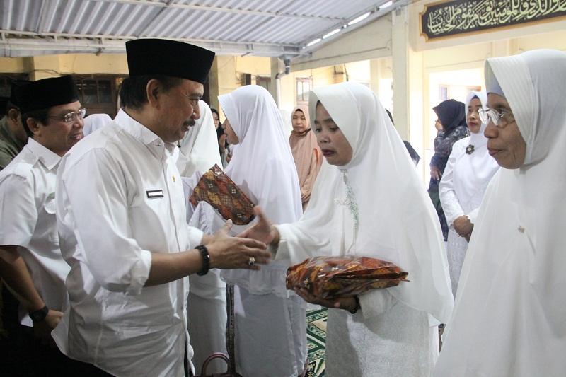 Pelepasan Jamaah Calon Haji (JCH) ASN Lingkup Pemerintah Kota Mataram