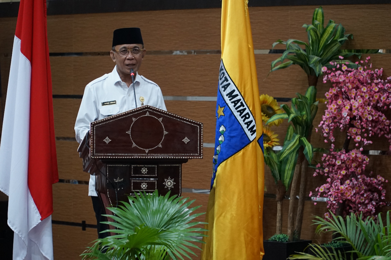 Walikota Sampaikan Pidato Atas Telah Disetujuinya Nota Keuangan Dan Rancangan Perubahan APBD Kota Mataram TA 2020