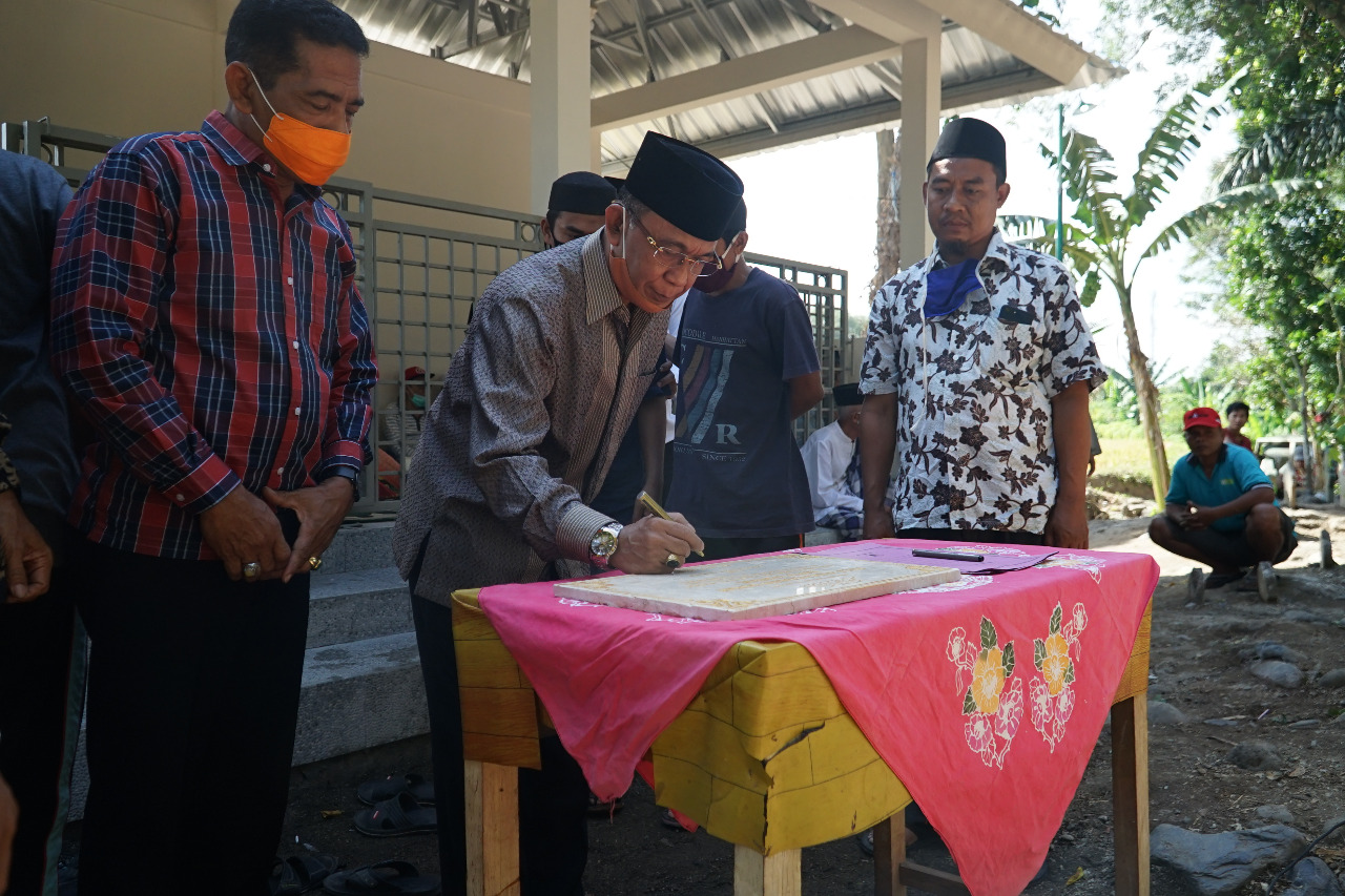 Walikota Resmikan Aula Pemakaman Umum Batu Tambul