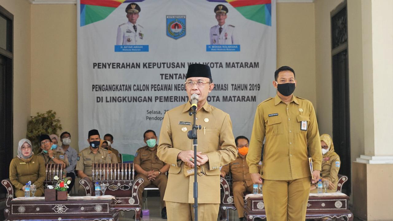 Wali Kota Serahkan SK CPNS Formasi Tahun 2019 Lingkup Pemerintah Kota Mataram