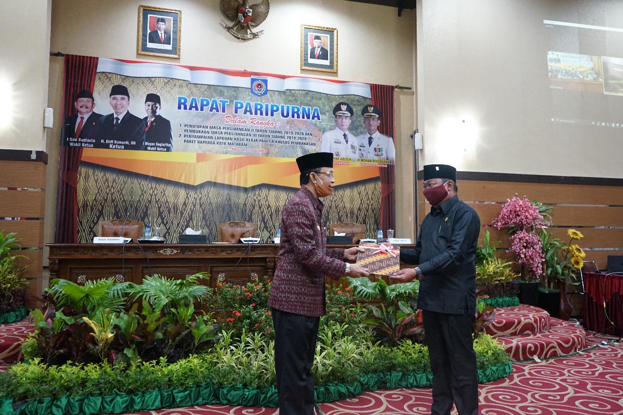 Tanggapan Walikota terhadap Hasil Kerja Pansus DPRD Kota Mataram Terhadap Empat Buah Raperda Kota Mataram