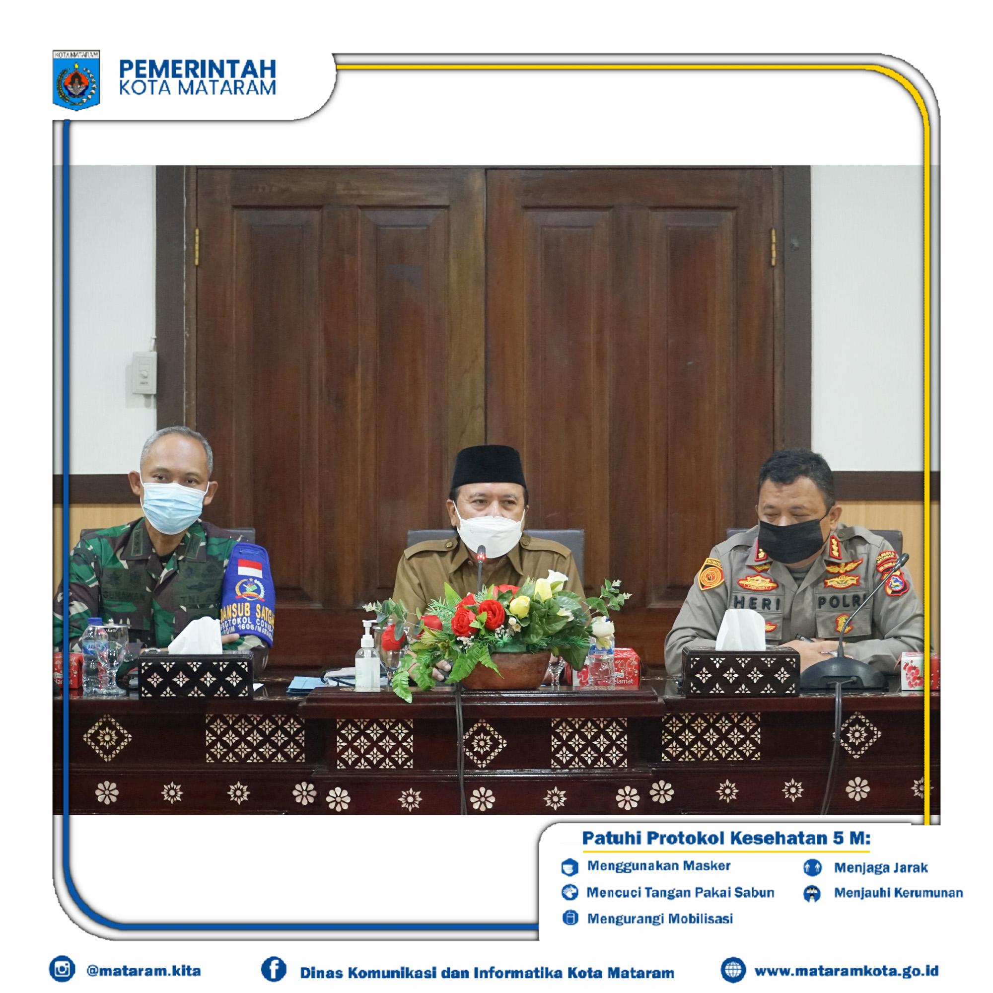 Rapat Evaluasi Dalam Rangka Pencegahan dan Penanganan Covid-19 di Kota Mataram