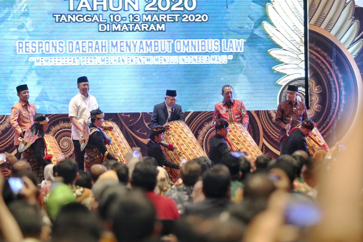 Wali Kota Mataram Hadiri Munas V ADEKSI Tahun 2020