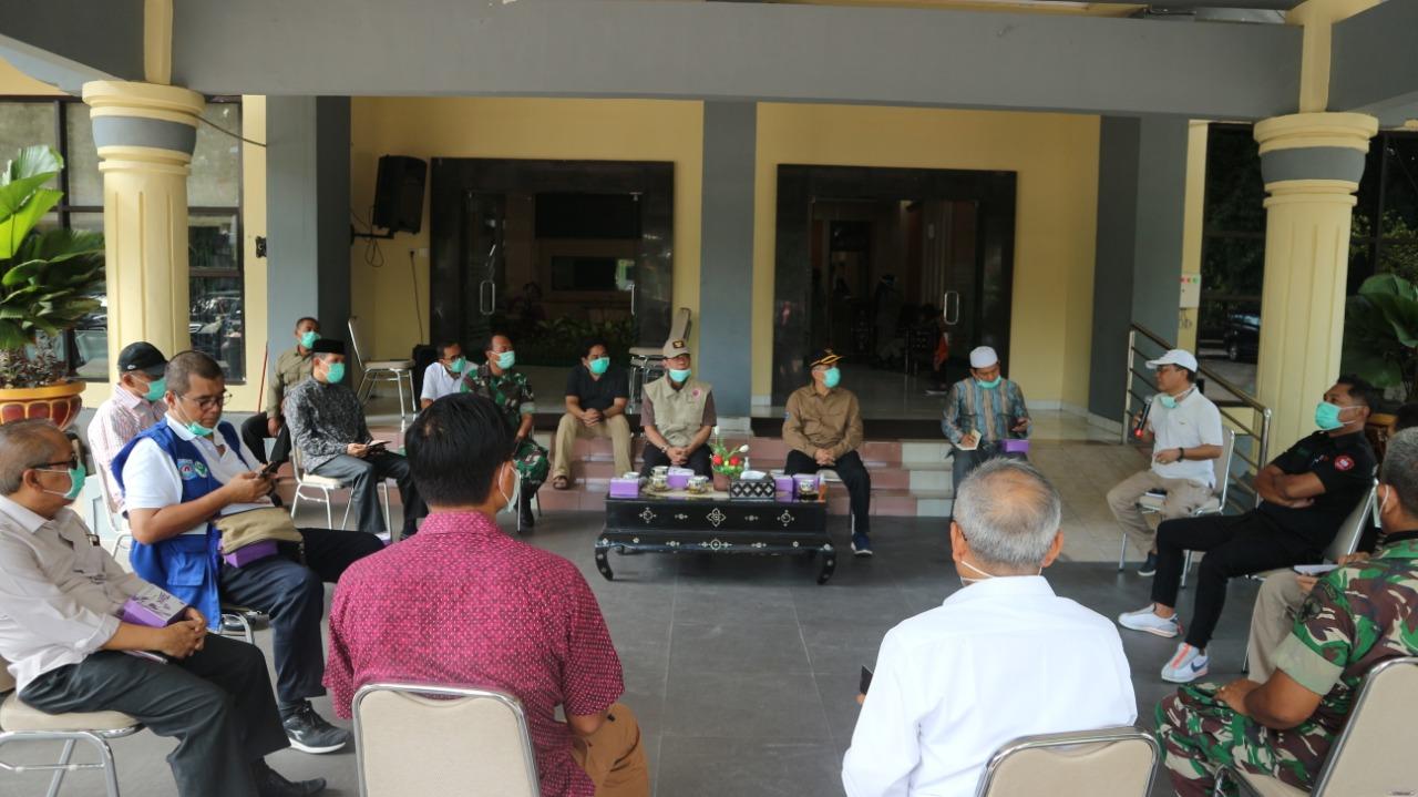 Rapat Percepatan Penanggulangan Covid-19 Kota Mataram