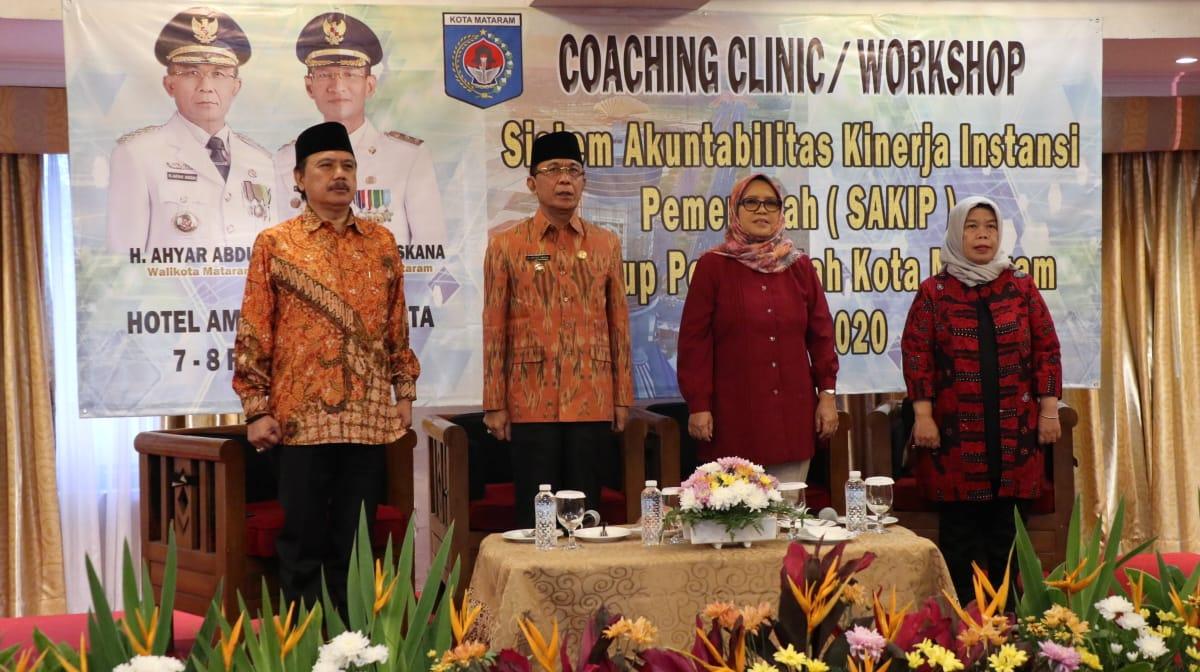 Wali Kota Mataram membuka Workshop SAKIP