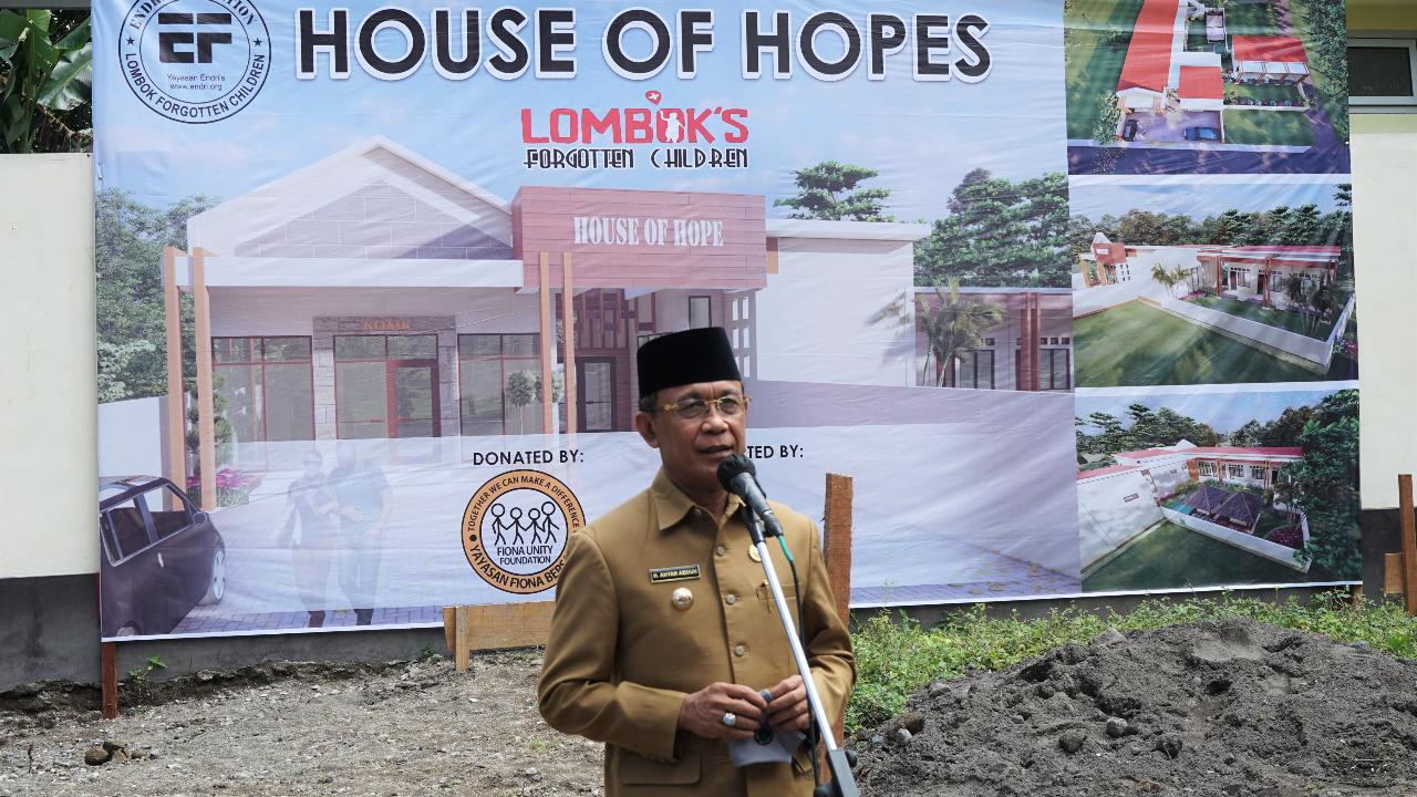 Pelatakan Batu Pertama Rumah Singgah (House Of Hope) Endri Foundation