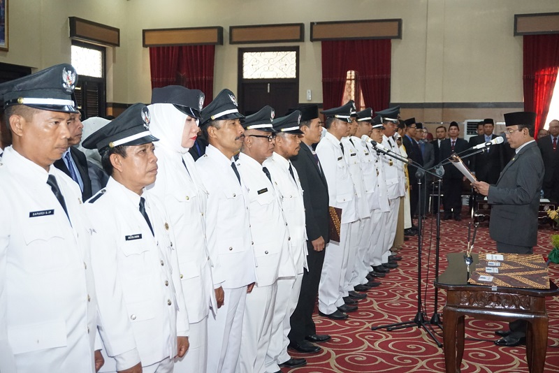 Wali Kota Lantik Pejabat Eselon II,III,dan IV Lingkup Pemerintah Kota Mataram
